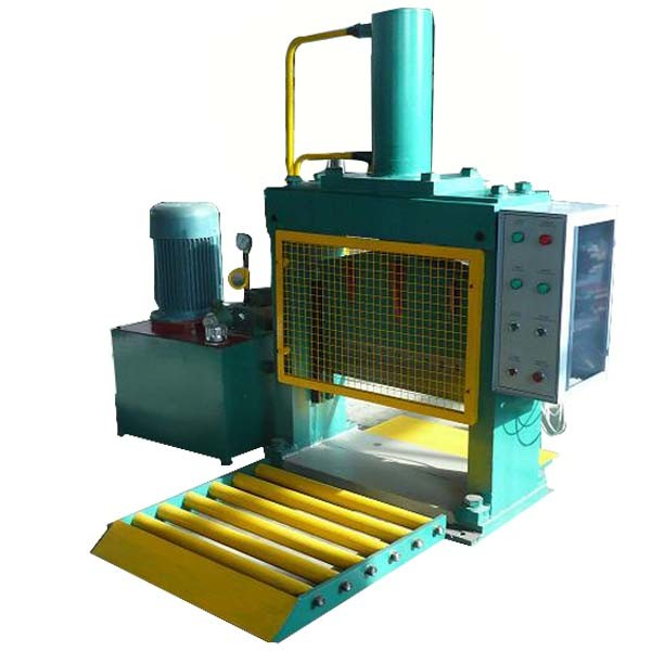 Huge Rubber Block Cutter Equipment