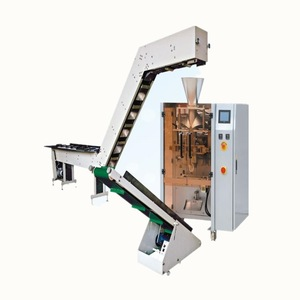 Semi-automatic bag packaging machine combined with chain
